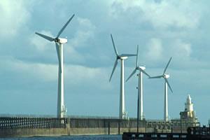Wind turbines at Blyth harbour, UK. (c) freefoto.com
